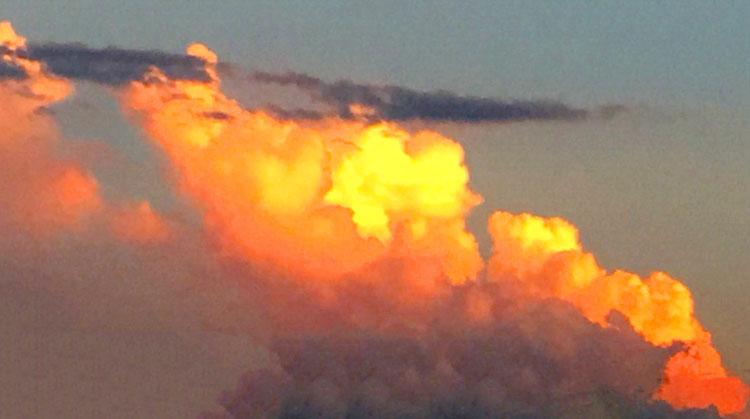 memphis-clouds
